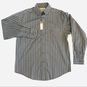 NWT Gold Label Roundtree & Yorke Button Down